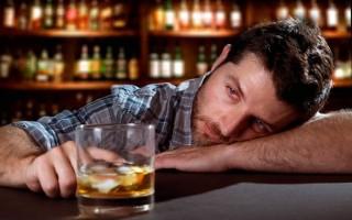 Почему краснеют глаза после принятия алкоголя