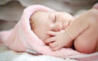 Причины возникновения конъюнктивита у детей до года