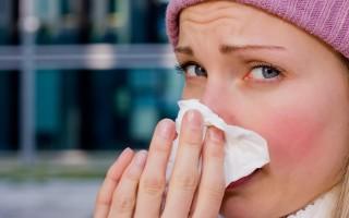 Основные причины покраснения глаз при простуде