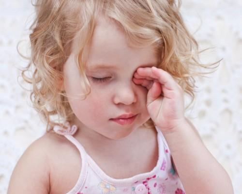 Что делать если у ребенка покраснели глаза и появился гной