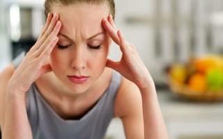 Почему болит голова и покраснели глаза