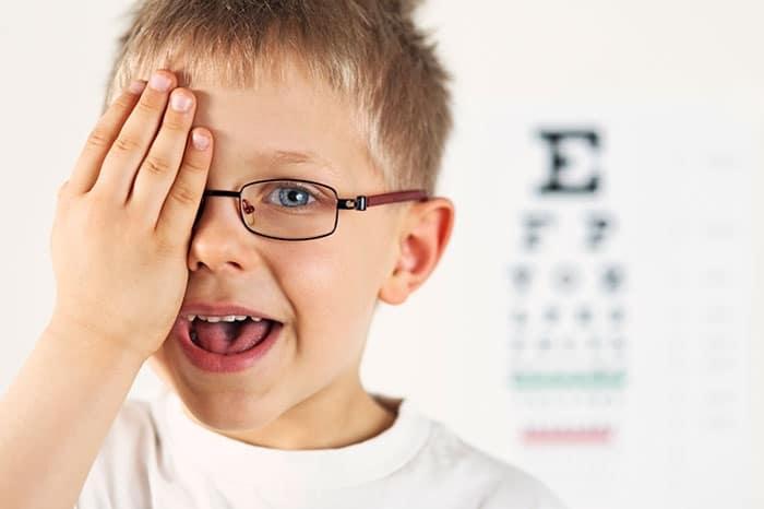 Хирургическое лечение катаракты у детей