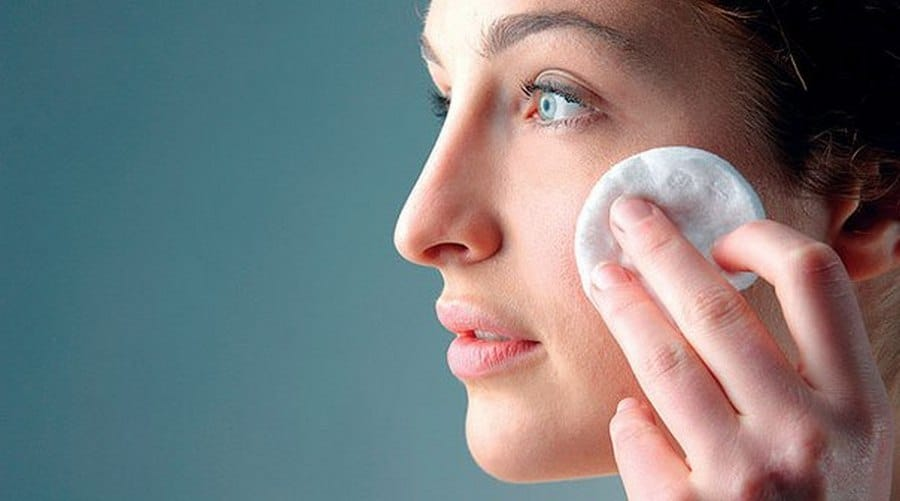 Чем промывать глаза при конъюнктивите