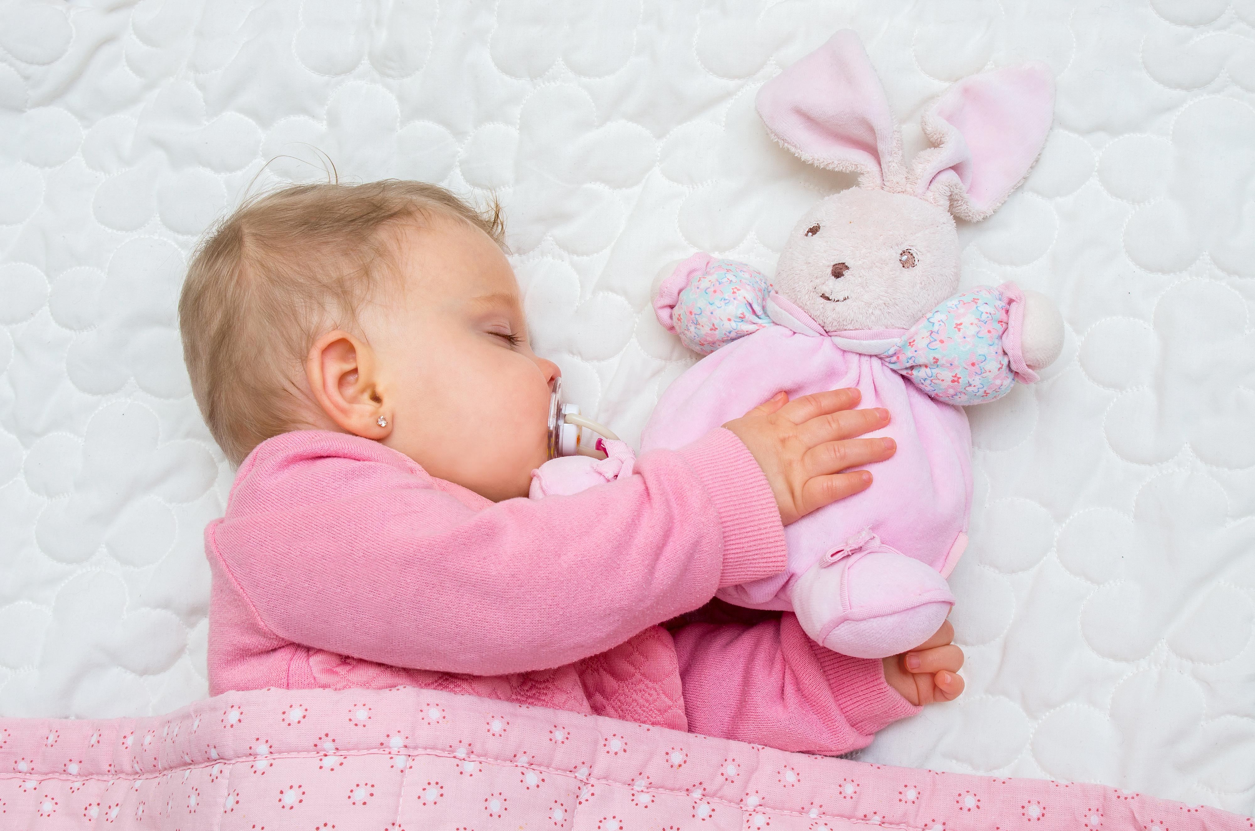 Паталогия глаз у новорожденных
