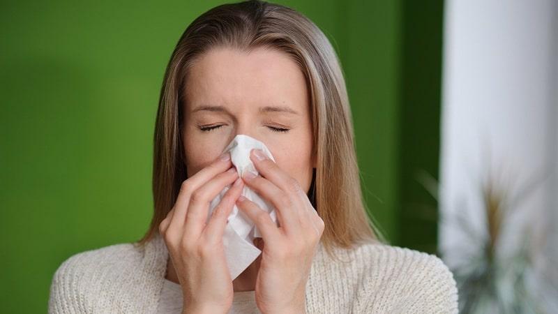 Воспаление глаз и насморк