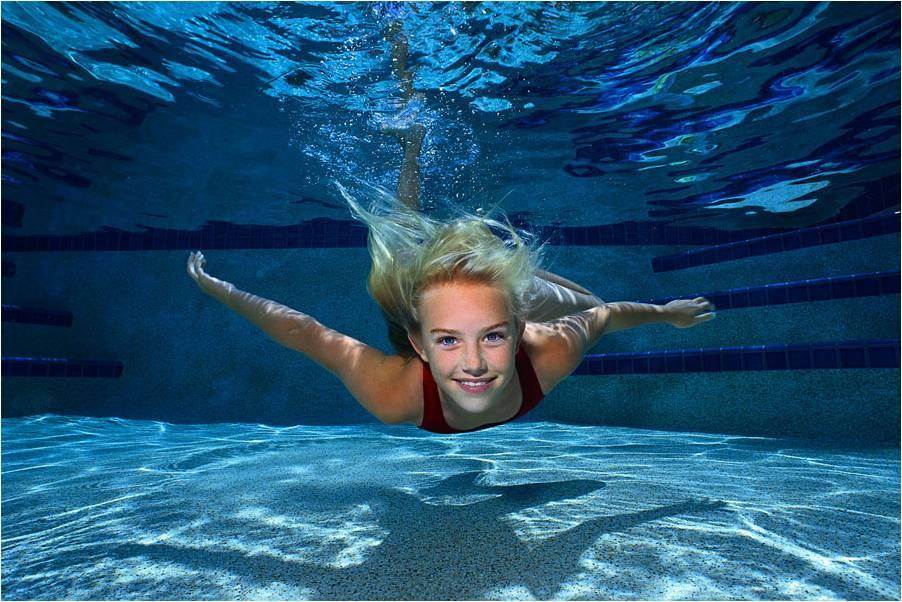 Безопасное купание в бассейне