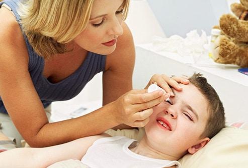 Сколько длится конъюнктивит у детей и взрослых