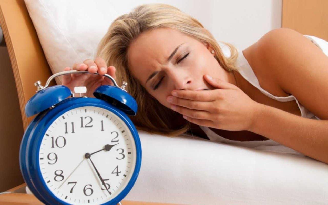 Болят глаза после сна