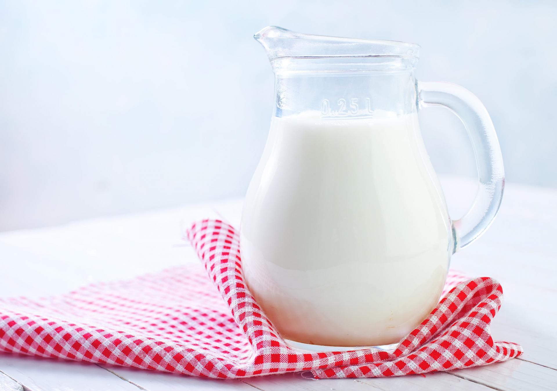Молоко при воспалении глаз