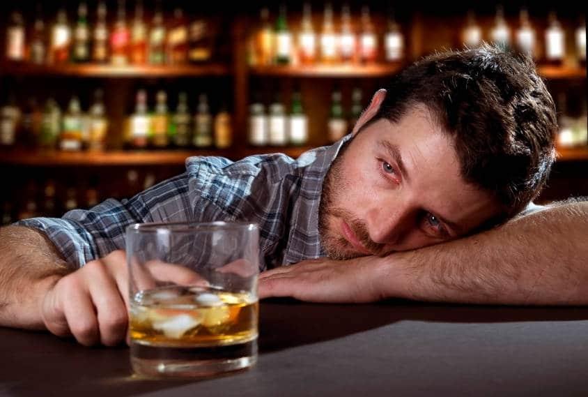 Красные глаза после алкоголя как убрать