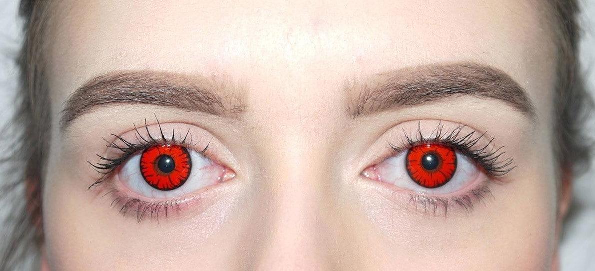 Красные глаза в линзах